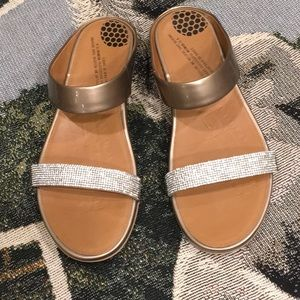 Fitflop all leather w/crystals bronze